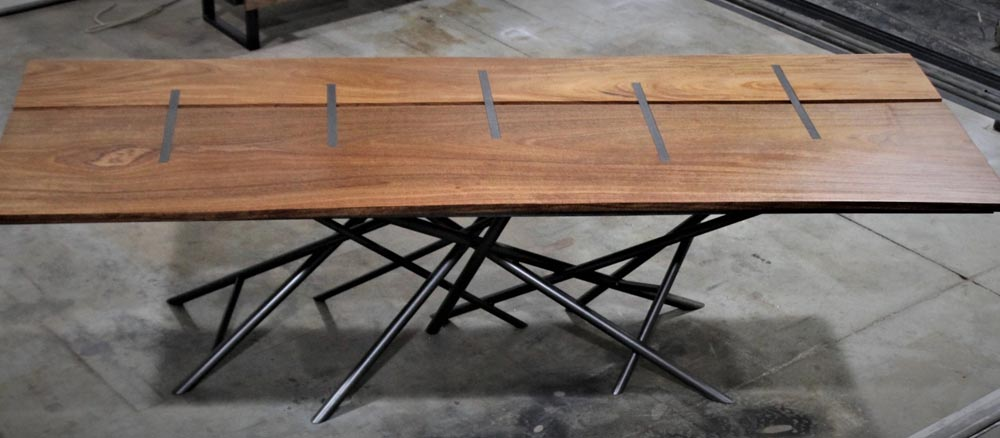 custom table for architect by twenty1five design team